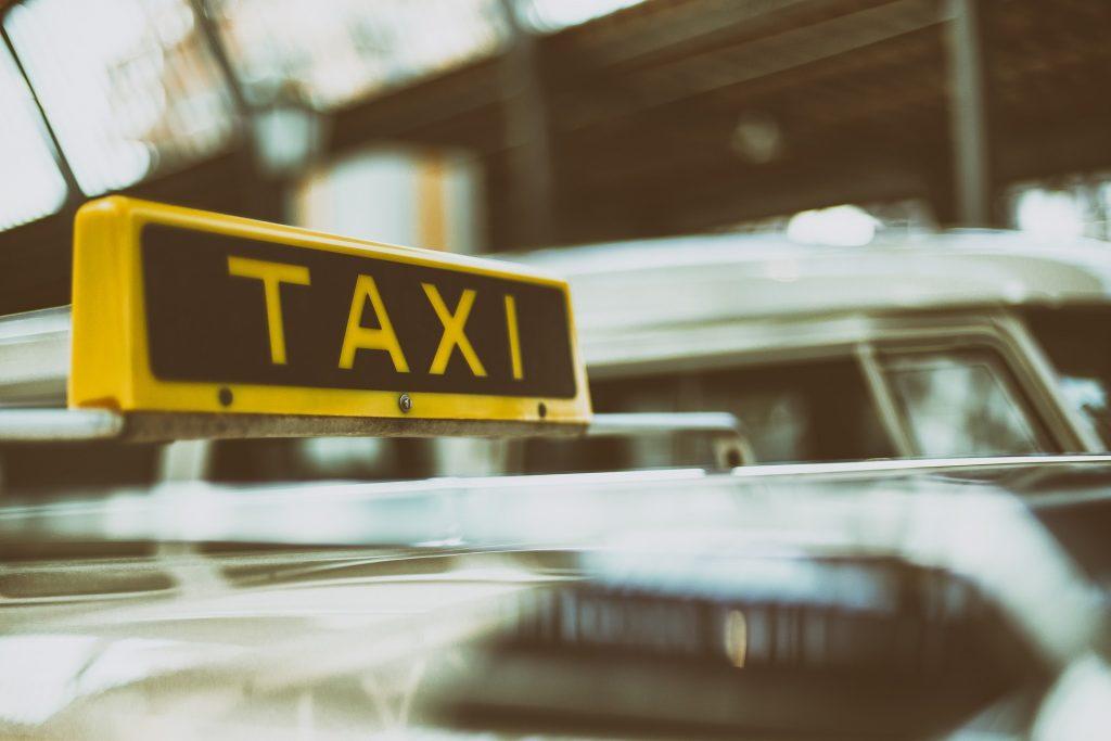 radio taxi telefono